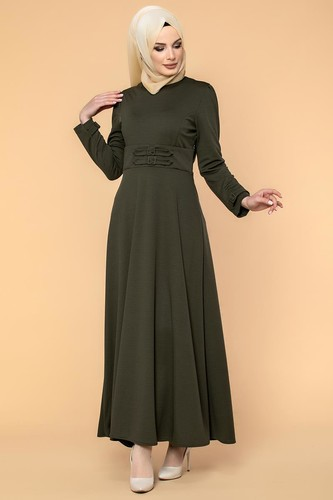 Modaebva - Bel Ve Kol Toka Detaylı Tesettür Elbise-4006 Hakiyeşil