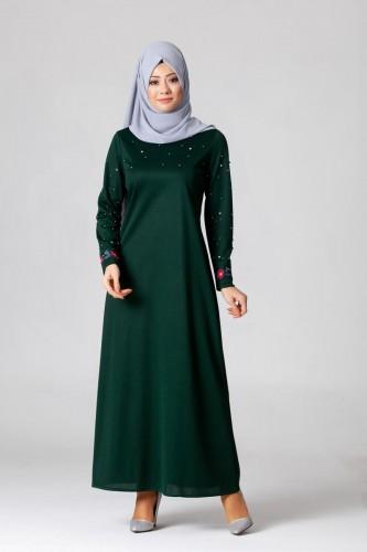 Modaebva - İnci Ve Nakış Detay Tesettür Elbise-3562Zümrütyeşili