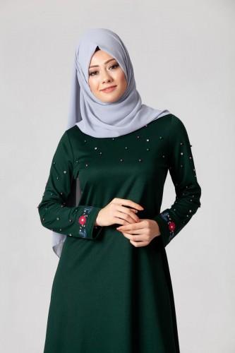 Modaebva - İnci Ve Nakış Detay Tesettür Elbise-3562Zümrütyeşili (1)