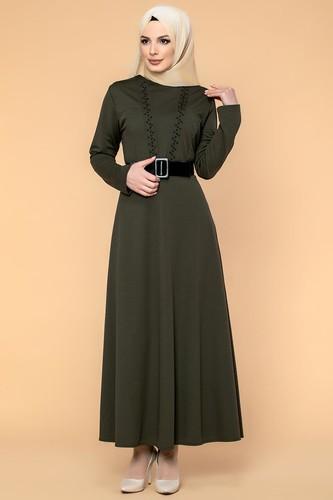 Modaebva - Kalın Kemerli İncili Tesettür Elbise-3572 Hakiyeşil