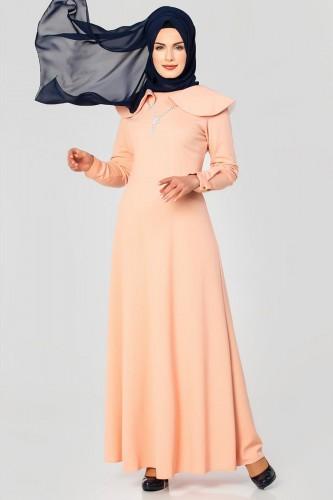 Modaebva - Omuz Fırfırlı Kolyeli Tesettür Elbise-2060 Pudra