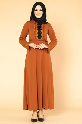 Modaebva - Ön Ve Kol İnci Detay Tesettür Elbise-1723 Kiremit