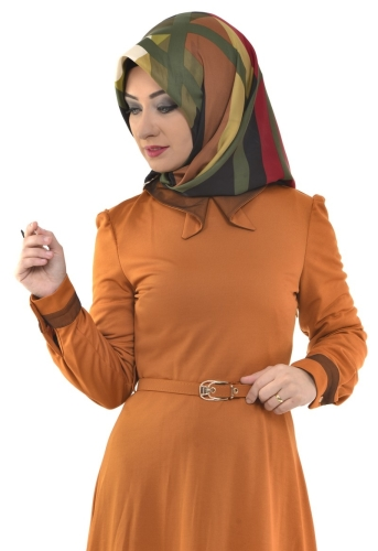 - Yaka Ve Sırt Detaylı Kemerli Elbise Hardal-4051 (1)